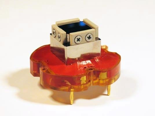 QFP device plunger